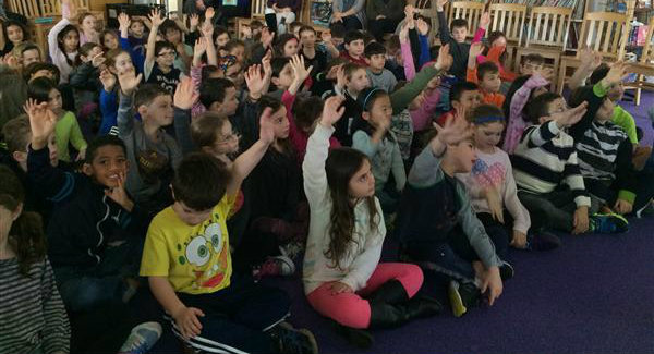 Learning the Paradiddle... which hand is which?
